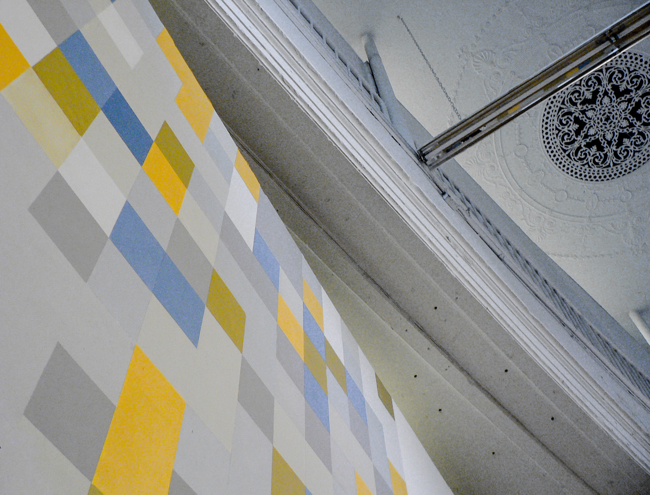 18 periphery ceiling