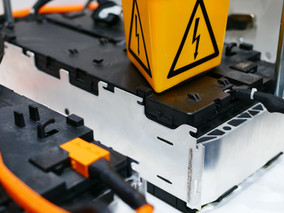 Staatliche Garantie für Bau einer Batteriezellenfabrik in Schweden