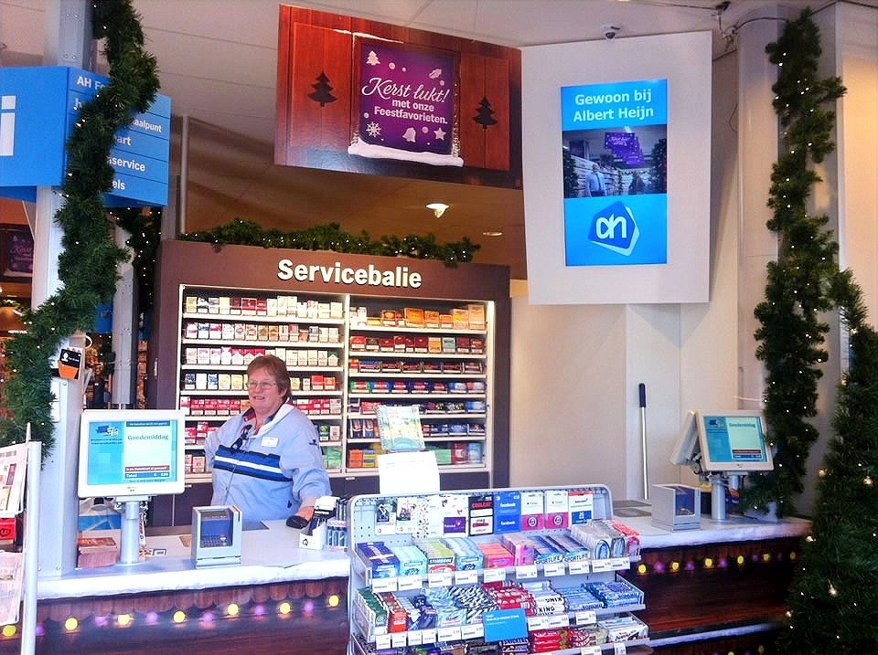 AdverterenbovenKassas.tv AH haarlemmerplein Amsterdam Centrum