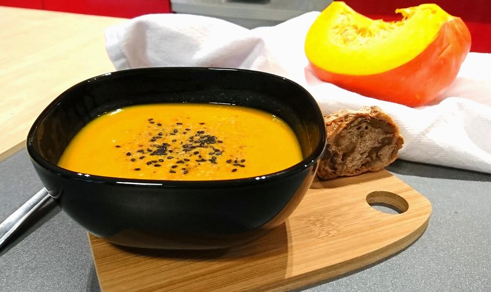 Soupe potimarron lait de coco curry sain fait maison
