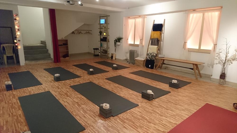 studio yoga Lyon décoration zen chaleureuse
