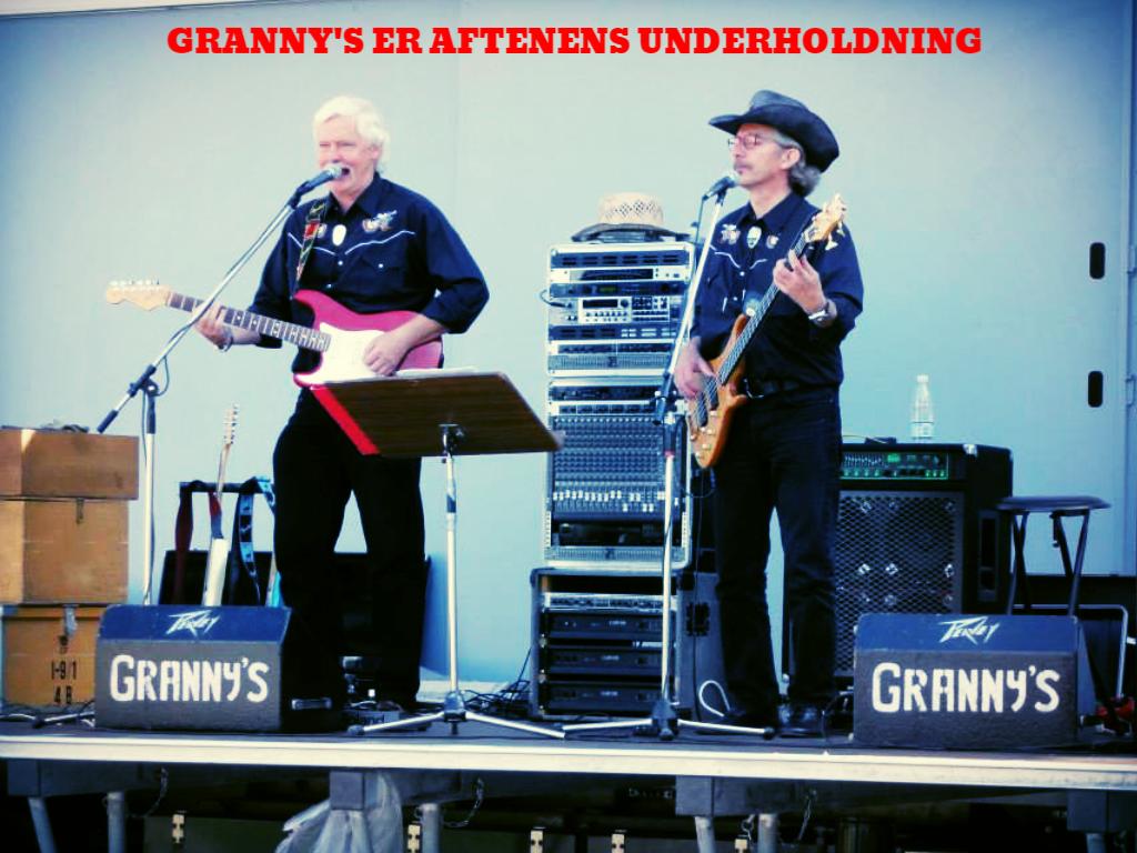 """Live musik af """"Grannys"""""""