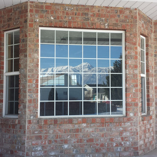 Picture window. Grids.  Window replacment Utah. Windows Utah Valley.