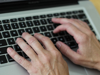 How to Find the Best Online Essay Creator for Your Needs