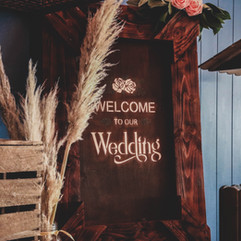 Rustic Wooden Crate & Welcome Sign