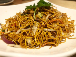 Mixed vegetable fried noodle