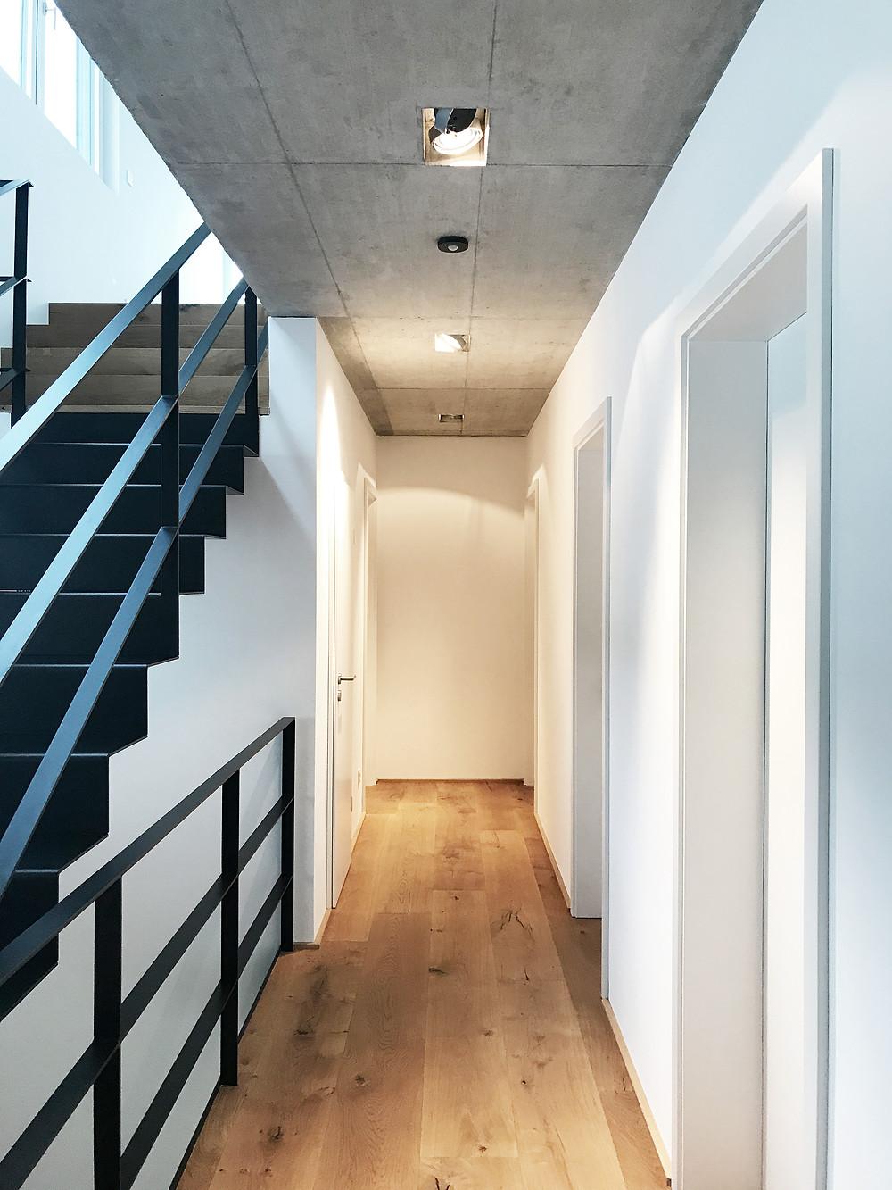 Wohnhaus in Herdecke - Flur OG - kirschnick architektur BDA