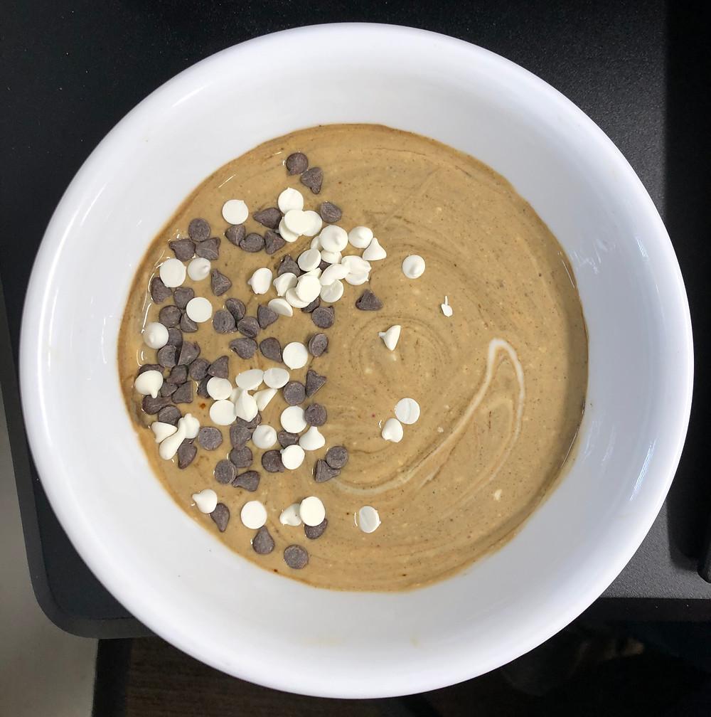 mocha chip yogurt healthy easy snack coffee chocolate chips