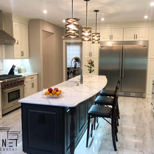 Two-Tone Transitional Kitchen