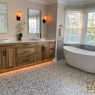 Modern Farmhouse Bathroom Deisgn