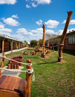 Overview of Elderslie Playground