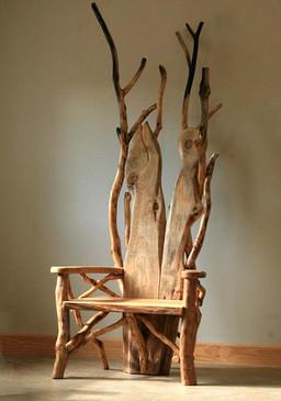 Storytelling throne