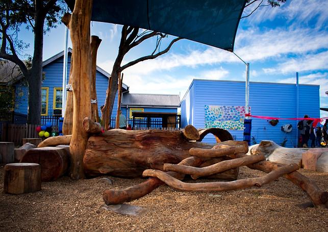 Guliyali school playground