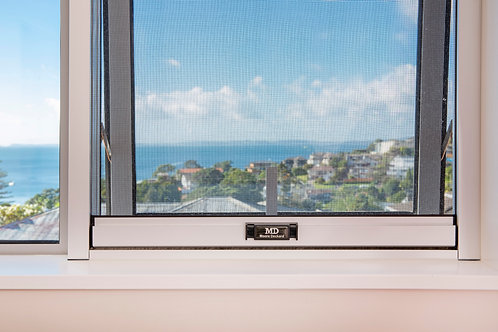Retractable Insect Screen for Windows