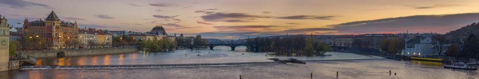 Prague Sunset psd 211120 LR.jpg