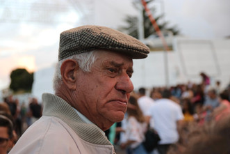 Un spectateur florentin lors de la fête de l'émigrant.