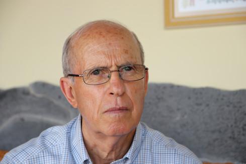 Tomas Padron, ingénieur électricien et figure politique locale, qui a lancé dans les années 80 le projet de rendre l'île 100% autonome en électricité.