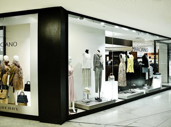 Boutique exterieur 2