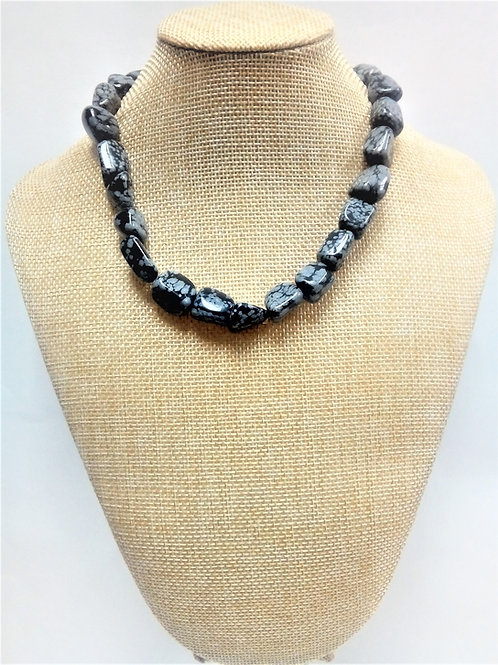 Collar Obsidiana Nevada