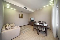 junior suite apart