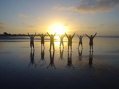 worship-beach-sunset-priase.jpg