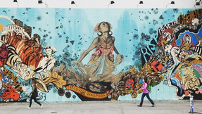 GROUNDSWELL PAIRS AT-RISK YOUTH WITH ARTISTS TO CREATE MURALS THAT DI MORE THAN BEAUTIFY COMMUNITIES