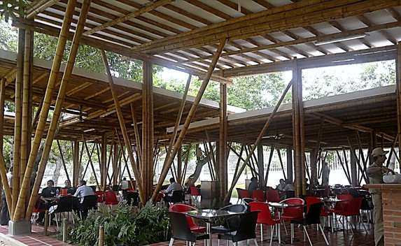 UNINORTE Outdoor dinning hall