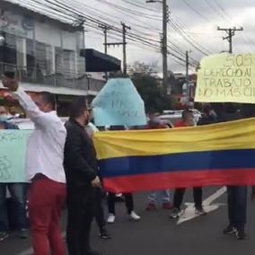 Siguen las protestas en Bogotá por el cierre de los Gastrobares