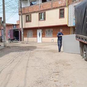 """""""No tenemos ni vías ni servicios públicos para ser estrato 3"""" Habitantes de Chicó Sur"""