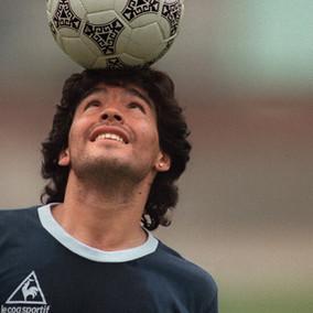 Maradona, contra vos y con vos