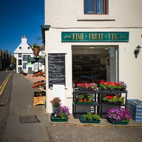 fish, fruit & veg shop