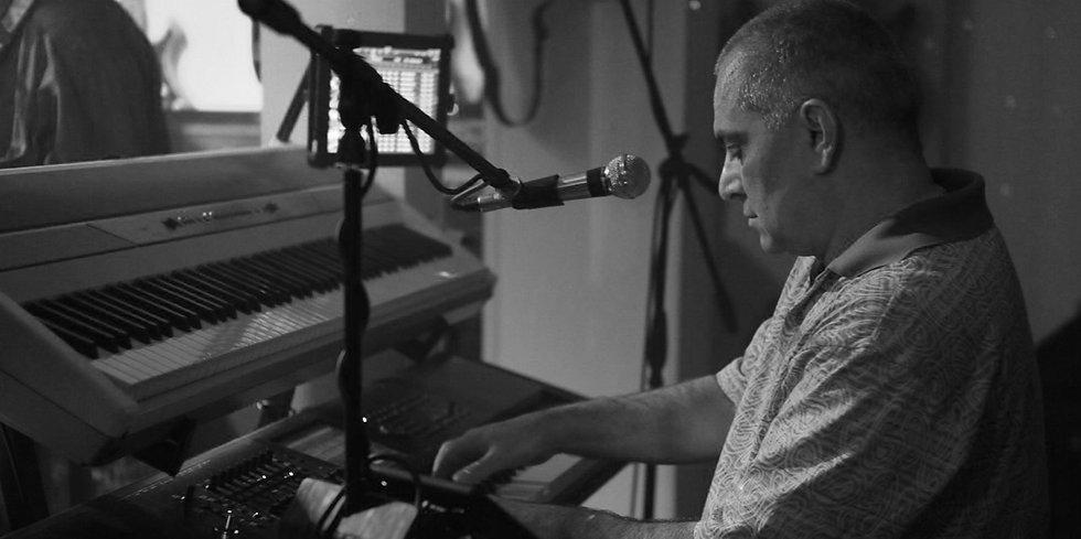 Ruben Papian muzika nastupi
