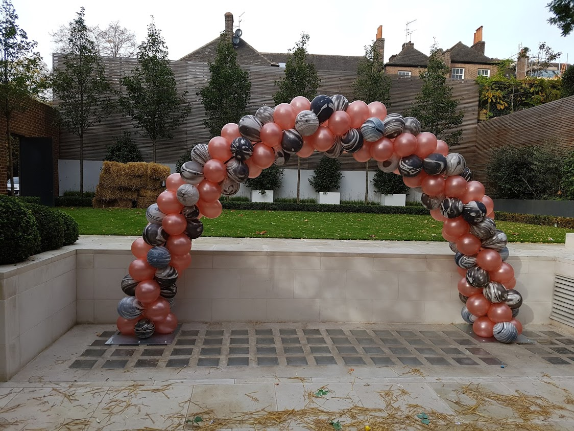 Balloon Arch Halloween