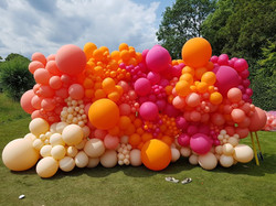 Balloon wall in Pinks and Corals