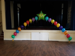 Balloon Arch with big name star