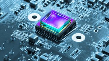 Atomic scale engineering for InGaAs-based high-performance transistors