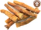 Рулетики из кожи северного оленя - натуральное, гипоаллергенное и полезное лакомство. Рулетик или свиток из кожи оленя содержит в себе большое количество фосфора и кальция, что делает её очень полезным продуктом. Элементы, содержащиеся в коже оленя необходимы для того, чтобы шерсть, костные и хрящевые ткани всегда были в здоровом состоянии. Сушёная кожа оленя насыщена минеральными веществами, такими как: железо, калий, фосфор, натрий, кальций, магний, богата витаминами РР, Е, А, В1, В2, липидами и экстрактивными веществами. Побалуйте своего питомца полезным и натуральным лакомством.