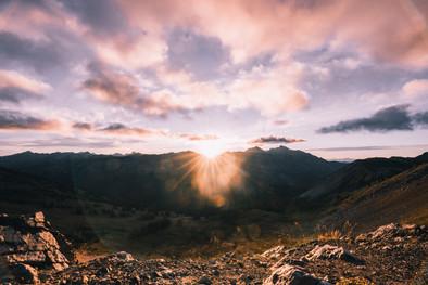 Slate Peak Sunrise 1.jpg