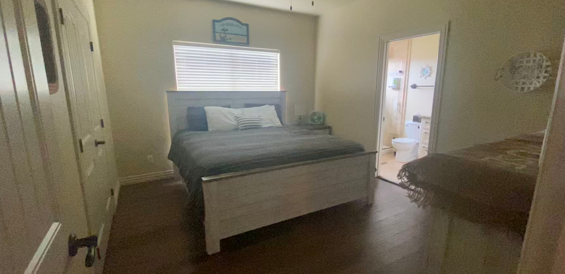 Master Bedroom, king size bed with private bathroom