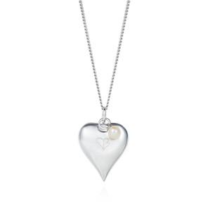 SIGNATURE GRANDE HEART PENDANT £165.00