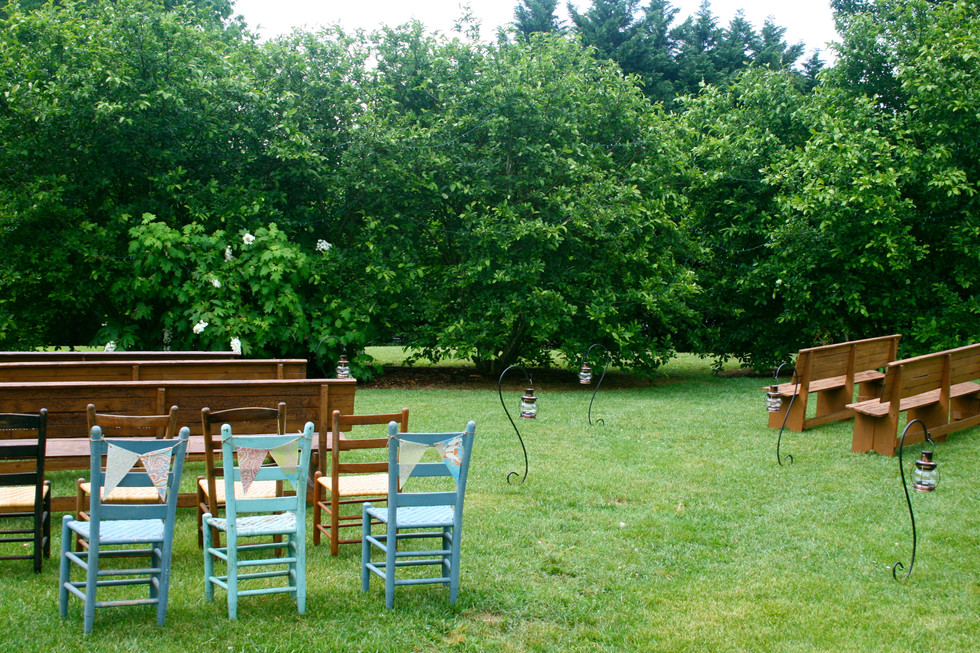 Outdoor wedding with mix-and-match furniture