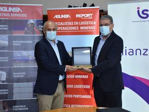 """Ejecutivo de AGUNSA recibe premio """"Distinción trayectoria ejecutiva en el cuidado de la vida 2020"""""""