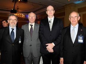 Banco de Chile y la Cámara de Comercio Asia Pacífico invitaron al economista británico Gerard Lyons