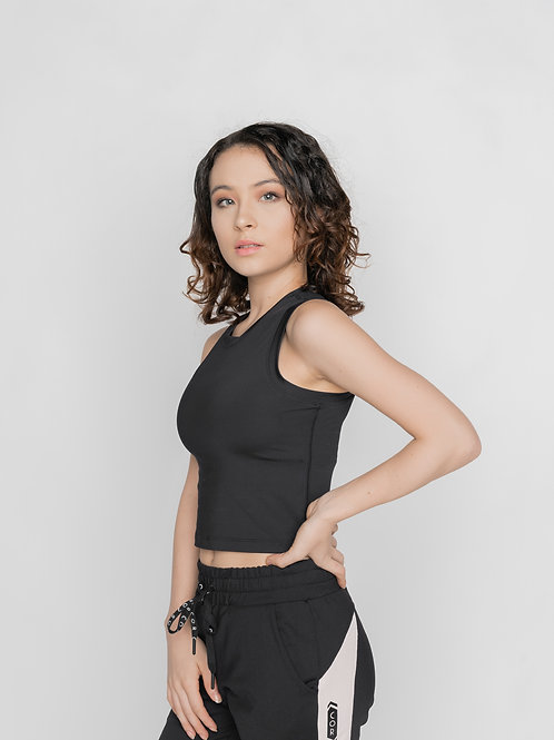 COR act Sleeveless Crop Top