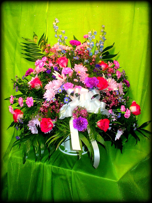 Funeral Basket 04 (call for pricing details)