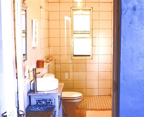 Nigella - bathroom