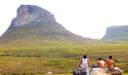 Cercado pelo Parque Nacional