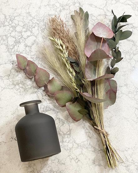 Foxtail bouquet and vase set