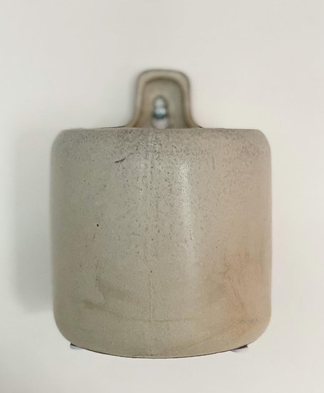 Wall stoneware taupe plant pot