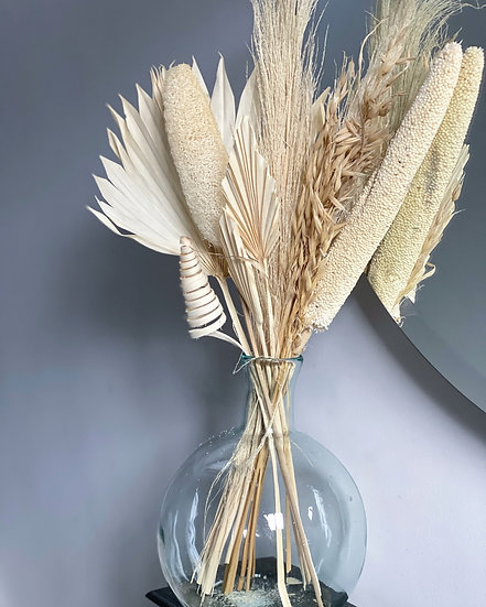White large dried bouquet